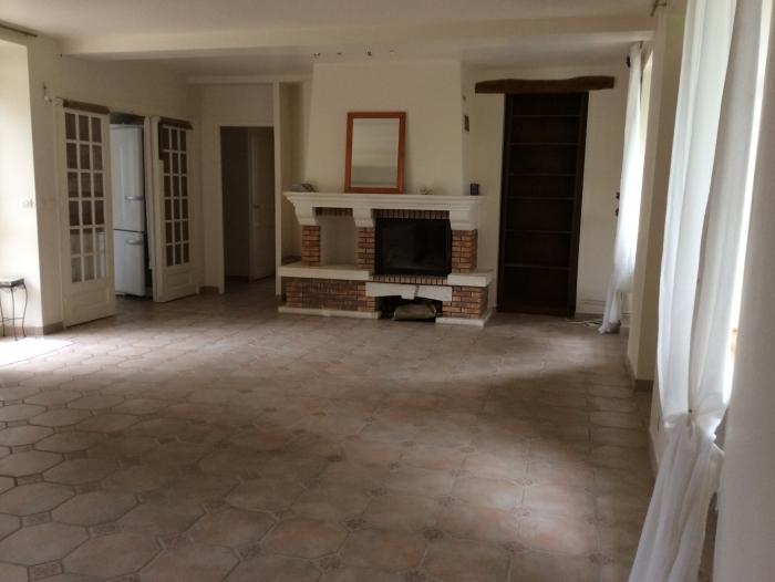 Location Maison ancienne 7 pièces Rocquemont (60800) - Proche SENLIS et CREPY EN VALOIS