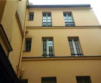 Vue de l'immeuble depuis la cour