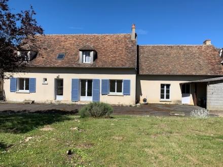 Location Maison 5 pièces Menetou-Râtel (18300)