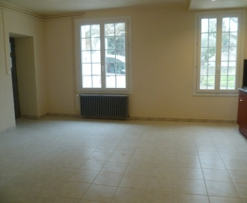 Location Appartement avec terrasse 3 pièces Le Thor (84250)