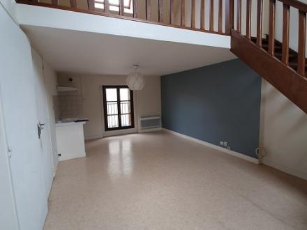 Location Appartement 2 pièces Étampes (91150) - Centre-ville