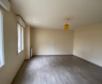 Location Appartement 1 pièce Compiègne (60200)